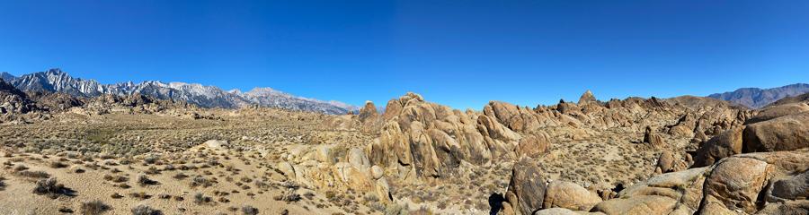 Alabama Hills at Sierra Nevada in CA