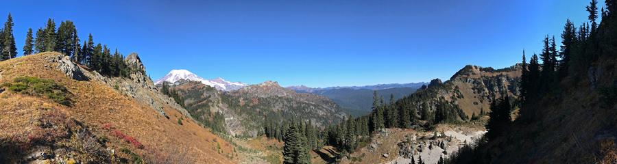 Mt. Rainier at Tatoosh Wilderness in WA